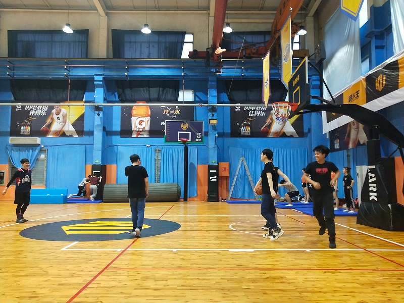 Wotian Basketball Game-Passing trust, casting brilliantly, and demonstrating the spirit of enterprise